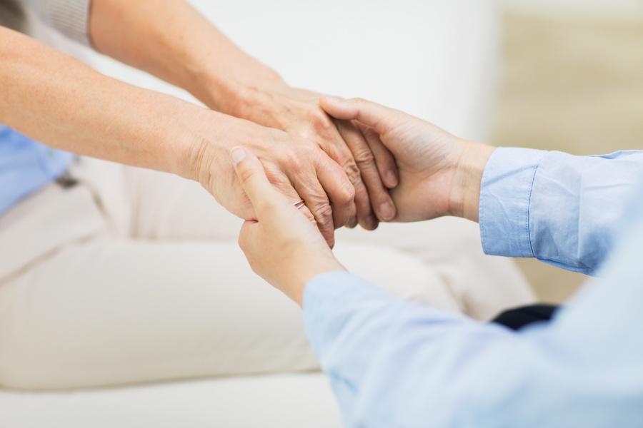 Drżenie rąk - najczęstsze przyczyny