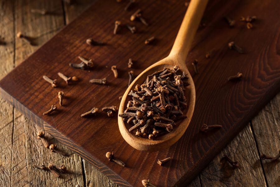 Goździki – właściwości lecznicze i zastosowanie
