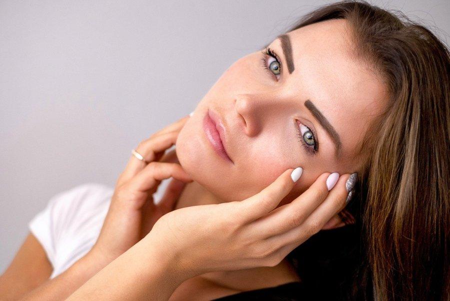 Jak powinna wyglądać pielęgnacja cery naczynkowej?