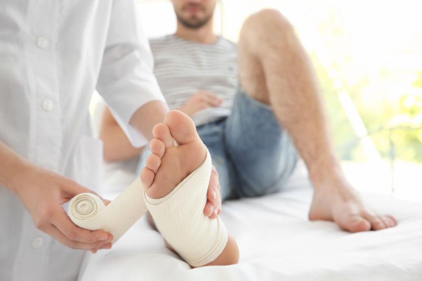 O czym może świadczyć ból stopy?