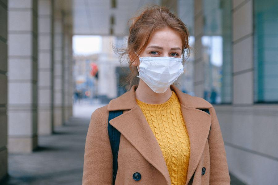 pielęgnacja twarzy pod maseczką ochronną