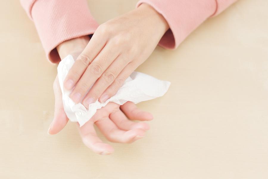 Pocenie się dłoni - jak tego uniknąć?