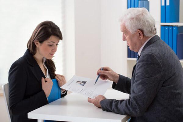 zwolnienie lekarskie a kontrola pracodawcy